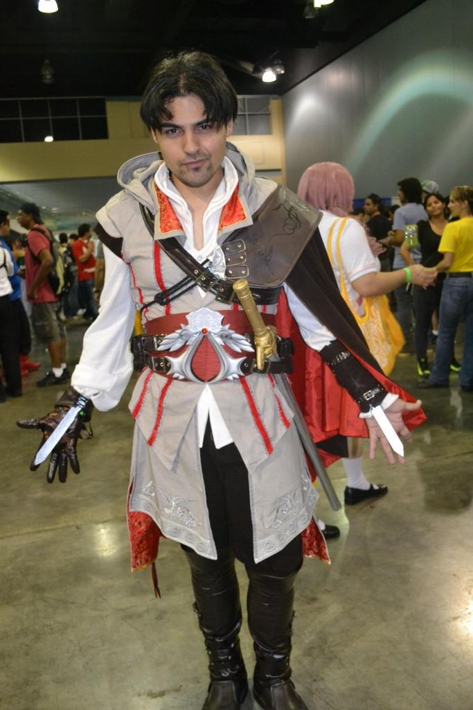 otaku house cosplay idol 187 elio rubio ezio auditore da