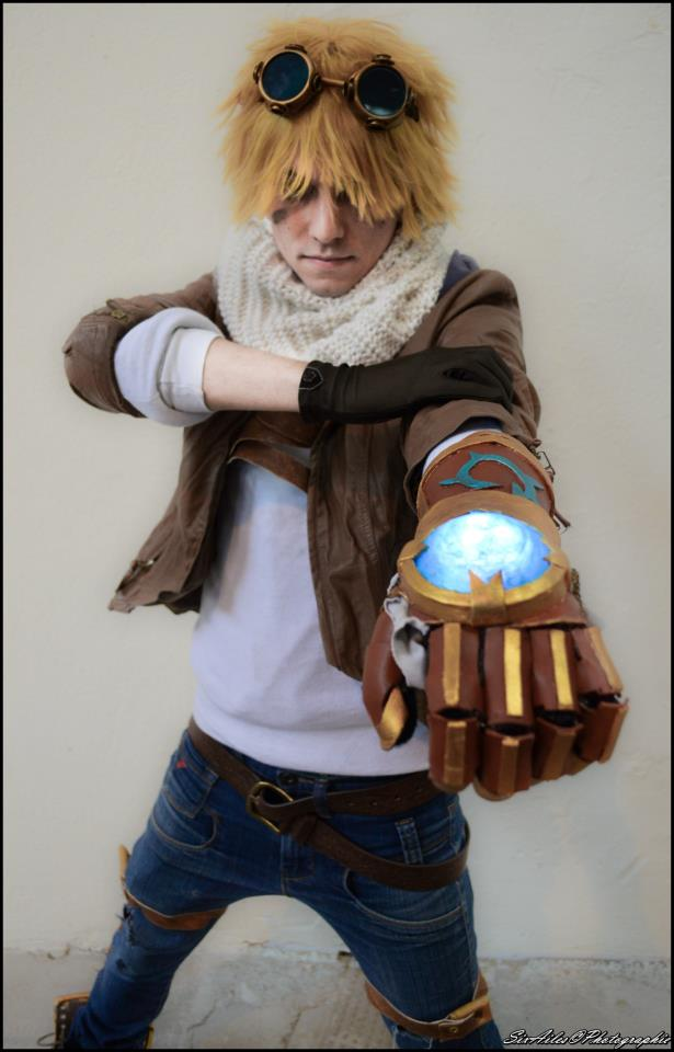 Otaku House Cosplay Idol » Otani Stevie: Ezreal from ...